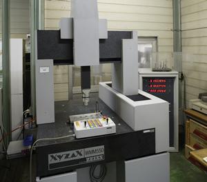 (2) 3-D measuring instrument